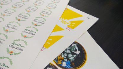 cetak stiker murah surabaya, cetak stiker murah, cetak stiker surabaya, cetak stiker custom, bahan kertas stiker, stiker vinyl, stiker bontax, stiker ritrama, stiker luster, stiker indoor, stiker besar, percetakan surabaya, digital printing surabaya, percetakan offset surabaya, pixel print