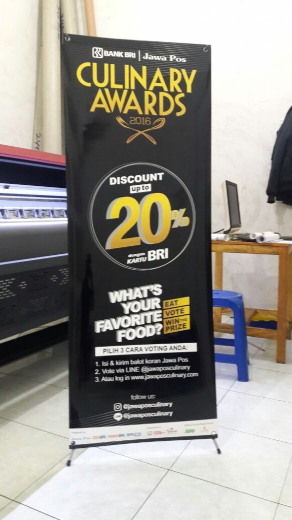 harga ukuran roll up banner